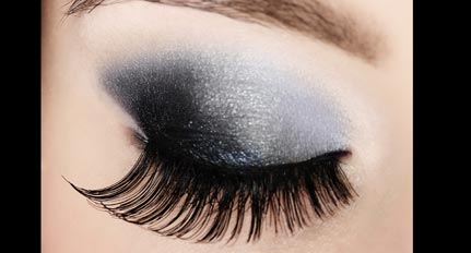 ask beauty buff: how do i apply fake lashes?