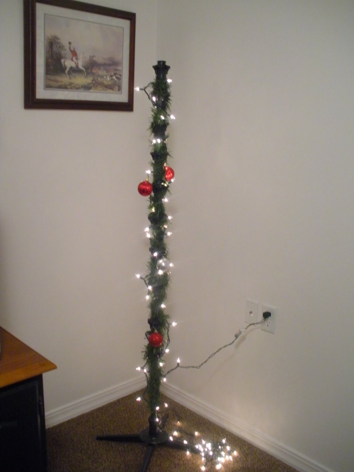 Christmas Tree Light Hanging Pole