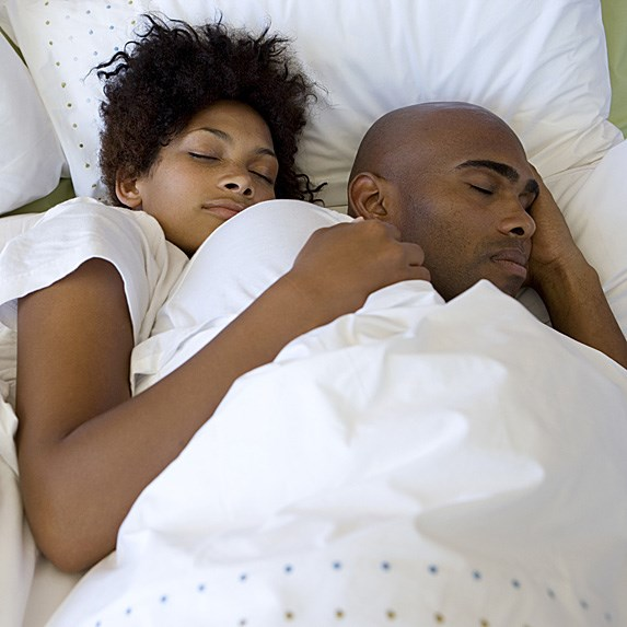 10 Interesting Facts About Sleeping With Someone (Yes ...