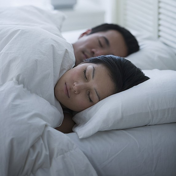 10 Interesting Facts About Sleeping With Someone Yes