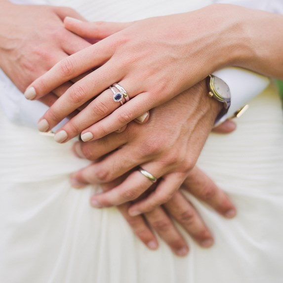 10 Unique Engagement Ring Traditions From Around the World ...