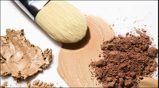 Here's the Right Way to Apply Your Foundation