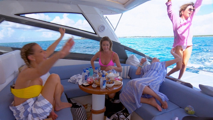 The Real Housewives of Beverly Hills Video - The Real